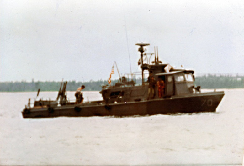 photo_Swift_Boat3_web