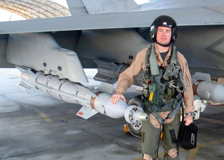 photo_west_f-18A2
