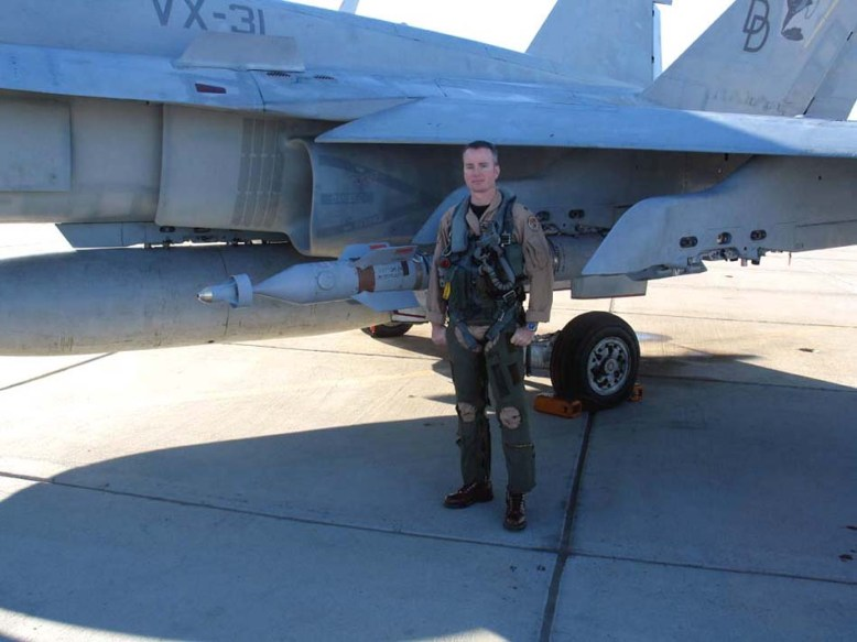 photo_west_f-18A3