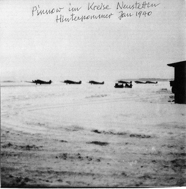 photo_Wilhelm_Ju-52s_1940