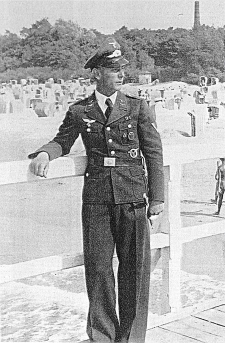 Photo_Wilhelm_uniform